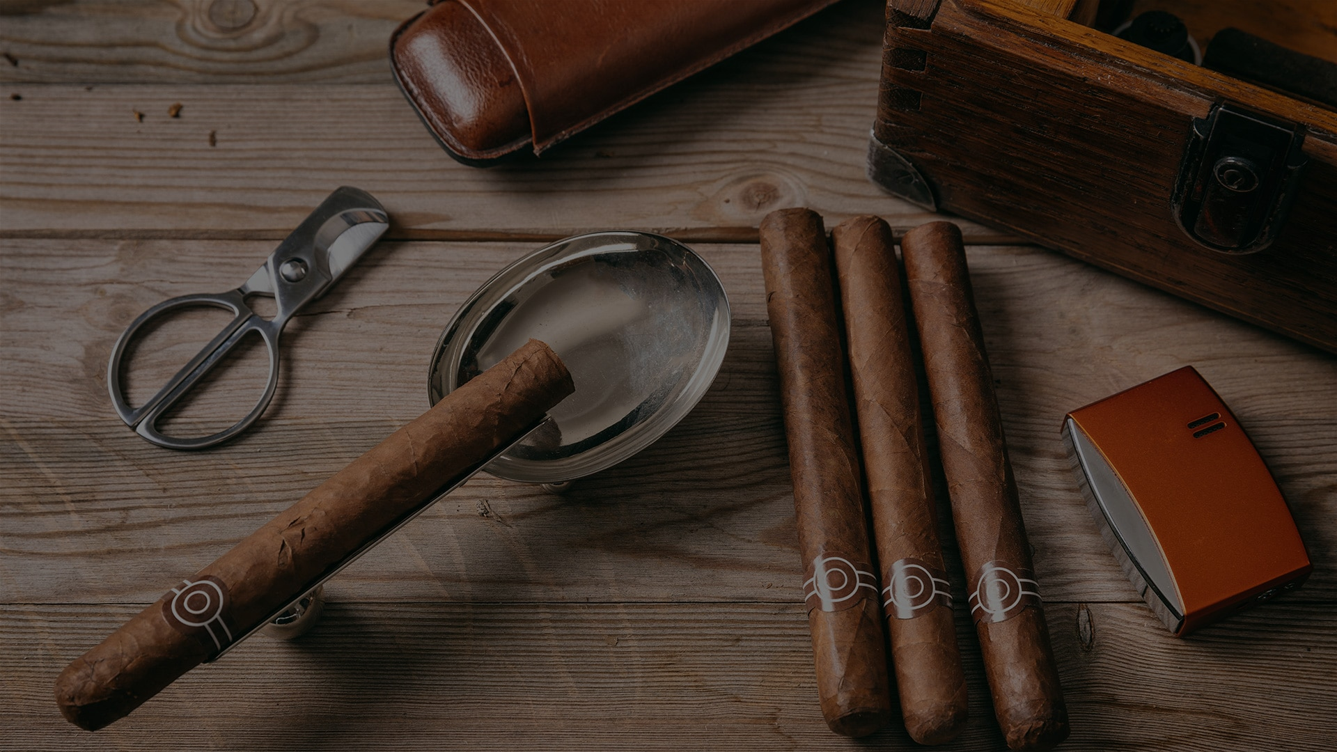 Lynn Cigars Background